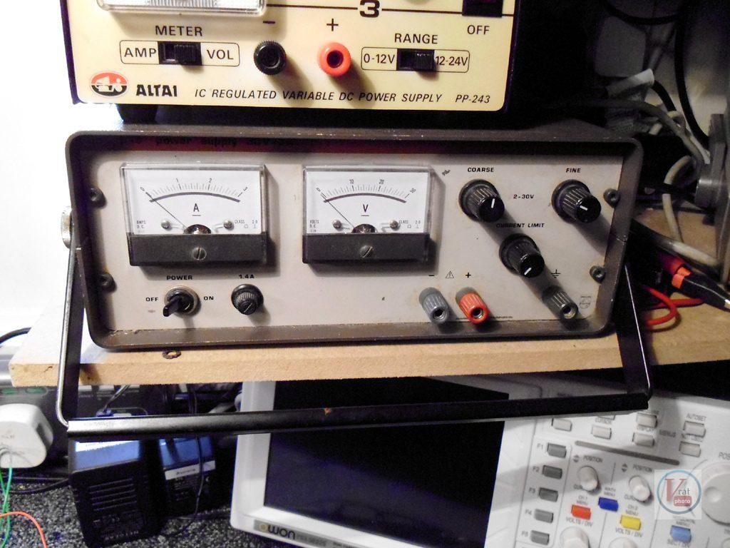 Test A Thyristor Radios Tv Power Supply With Current Limiter And Stand Alone Psu Limit On In My Opinion This Can Give Better Results For Higher Voltage Thyristors Thyris3