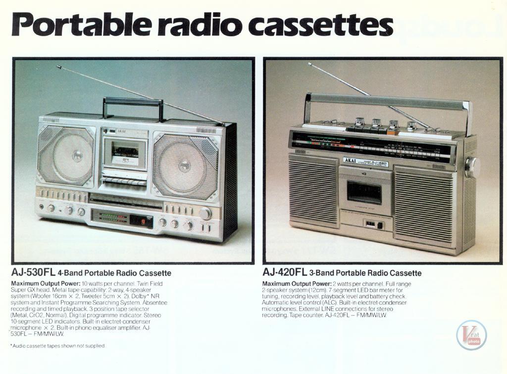 AKAI Radio 8