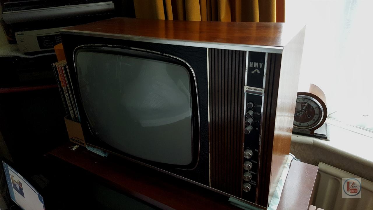 1970 HMV 2703 2