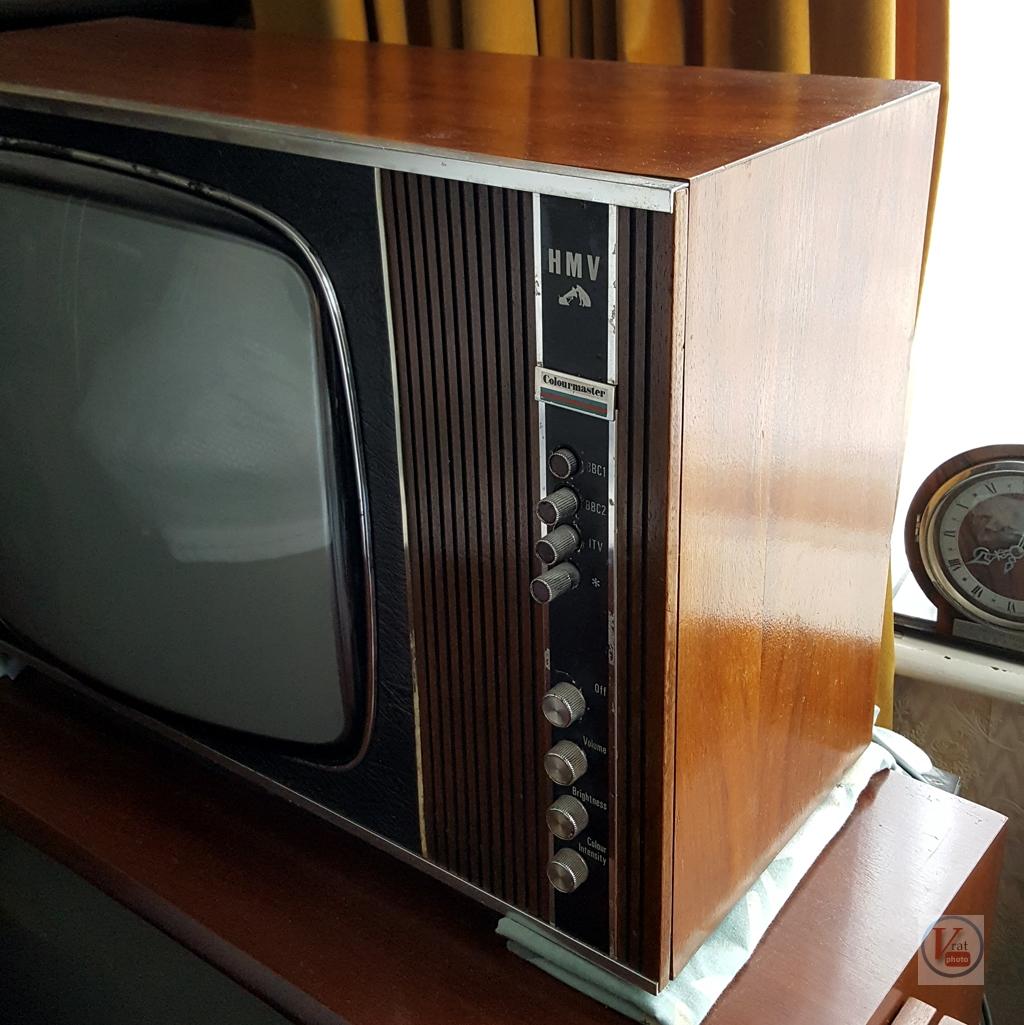 1970 HMV 2703 3