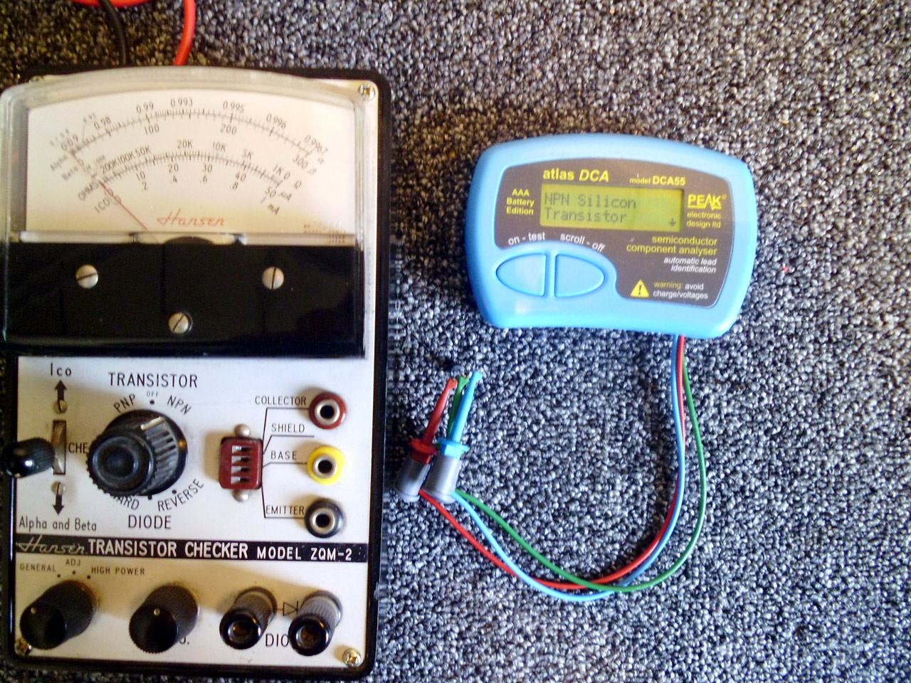 Old And New Transistor Testers In The Workshop Vrat How To Build Pic Diode Tester Dca55 Does This Automatically On Hansen You Have Manually Operate A Lever Meter Deflection