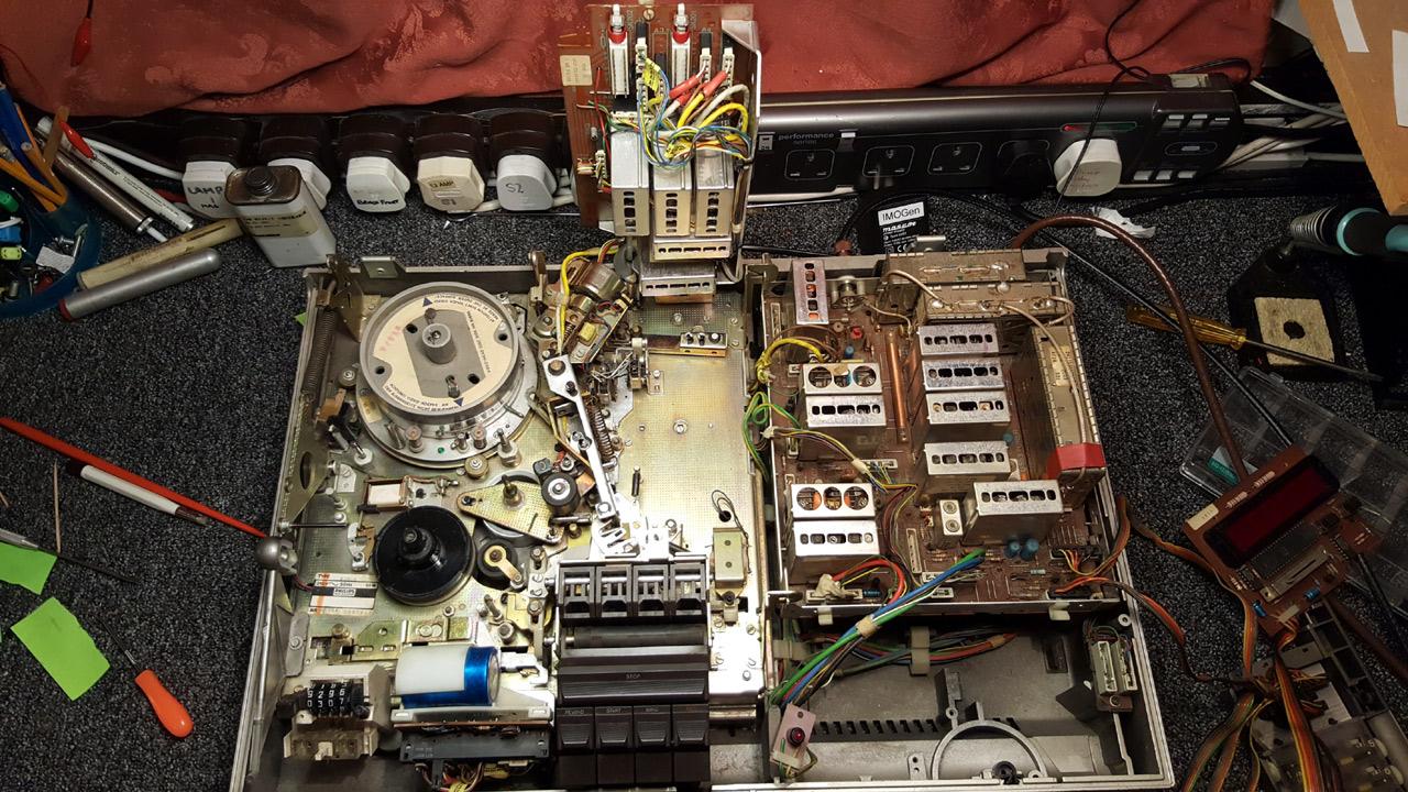 1977 Philips N1700 26